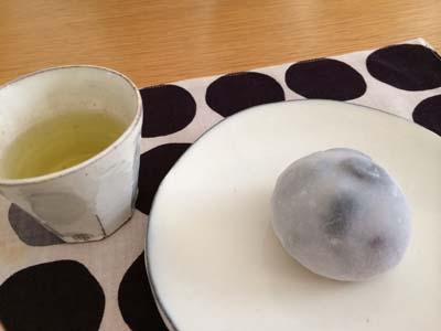 大福とお茶.jpg
